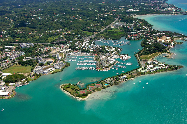 "< img src=""guadeloupe-pointe-a-pitre.jpeg"" alt=""Voyage en Guadeloupe à Pointe à pitre"" />"